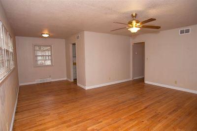 Wichita Single Family Home For Sale: 2245 S Wichita St