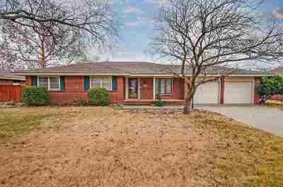 Wichita Single Family Home For Sale: 2225 W 18th St N