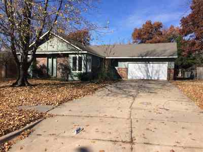 Wichita Single Family Home For Sale: 859 N Wood Ave