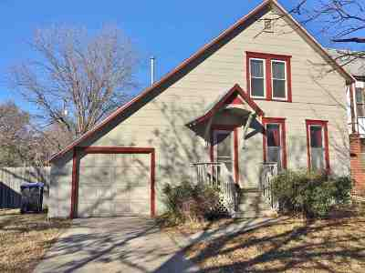 Newton Single Family Home For Sale: 316 W 6th St