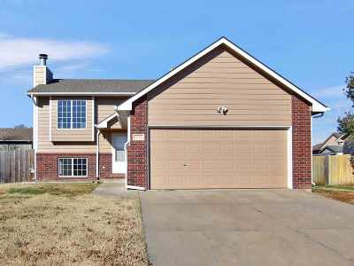 Mulvane Single Family Home For Sale: 1736 N Country Walk Ln