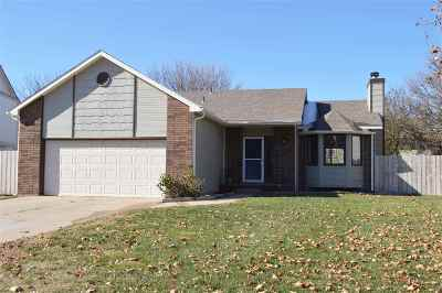 Sedgwick County Single Family Home For Sale: 2723 S Carrwood Cir