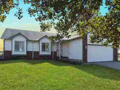 Benton Single Family Home For Sale: 720 N Kansas Ct