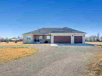 Garden Plain Single Family Home For Sale: 2601 S Brookmeadow Dr.