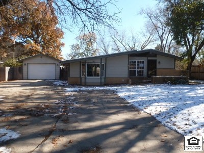 Sedgwick County Single Family Home For Sale: 160 S Wayne Ave