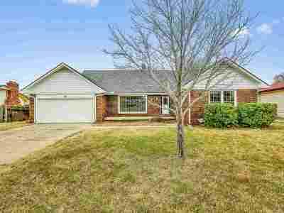 Wichita KS Single Family Home For Sale: $129,500