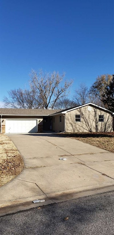 Sedgwick County Single Family Home For Sale: 4 Argon Dr.