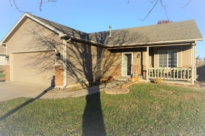 Sedgwick County Single Family Home For Sale: 8410 W 16th Ct N
