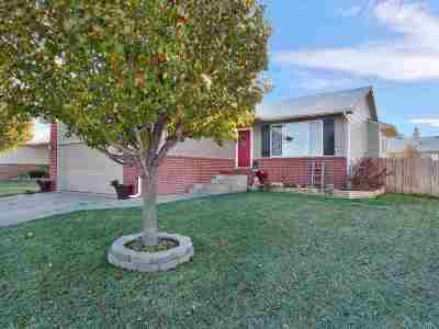 Goddard Single Family Home For Sale: 2117 E Spring Hill Dr