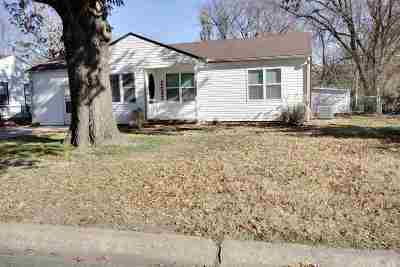 Haysville Single Family Home For Sale: 224 E Spencer Dr