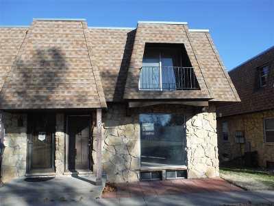 Wichita Condo/Townhouse For Sale: 1035 N McLean Blvd. Apt. 201