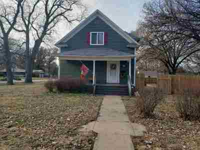 Halstead Single Family Home For Sale: 329 Pine