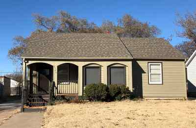 Single Family Home For Sale: 5108 E Pine St