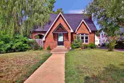 Wichita Single Family Home For Sale: 401 N Dellrose Ave