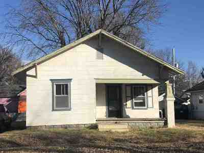 Arkansas City KS Single Family Home For Sale: $18,500