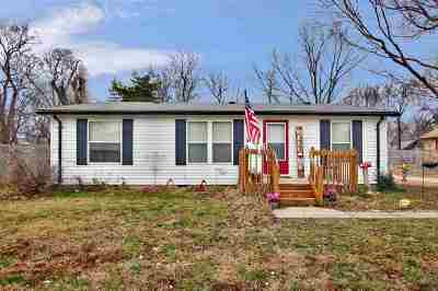 Maize Single Family Home For Sale: 221 E Liberty St