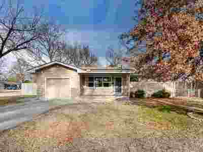Derby Single Family Home For Sale: 1340 N Lakeview Dr