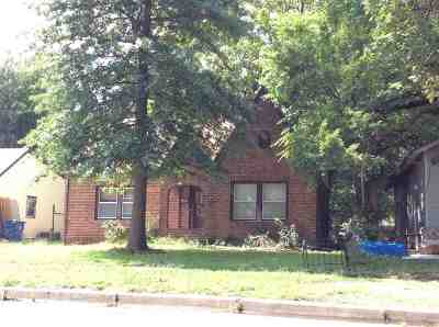 Wichita Single Family Home For Sale: 545 S Greenwood Ave