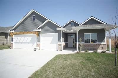 Wichita Single Family Home For Sale: 1366 S Sierra Hills