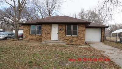 Valley Center Single Family Home For Sale: 546 W Main St