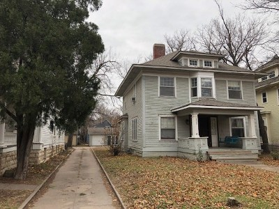 Wichita Single Family Home For Sale: 1717 N Park Pl