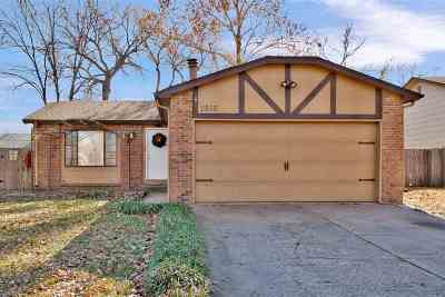 Wichita KS Single Family Home For Sale: $129,900