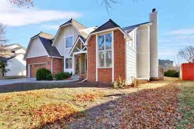 Wichita KS Single Family Home For Sale: $325,000