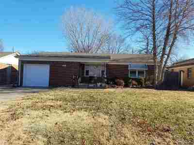 Haysville Single Family Home For Sale: 242 Hungerford Ave