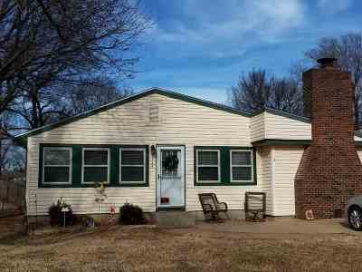 Winfield Single Family Home For Sale: 1334 Pearl St