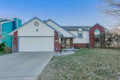 Derby Single Family Home For Sale: 2503 N Woodlawn Blvd