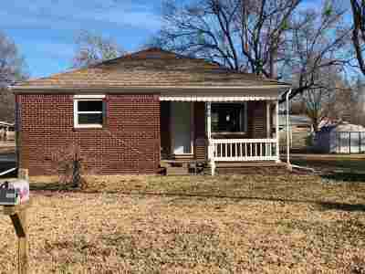 Garden Plain Single Family Home For Sale: 826 N Main St