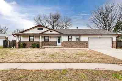 Bel Aire Single Family Home For Sale: 4339 N Stratford Ct