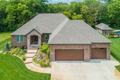 Valley Center Single Family Home For Sale: 431 N Valley Creek Dr