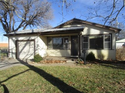 Valley Center Single Family Home For Sale: 758 N Meridian Ave