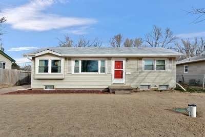 Haysville Single Family Home For Sale: 614 W 7th