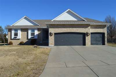 Wichita Single Family Home For Sale: 810 S Zelta