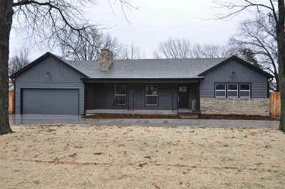 Wichita Single Family Home For Sale: 28 N Laurel Dr