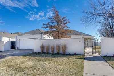 Wichita Single Family Home For Sale: 801 N Glenmoor Dr