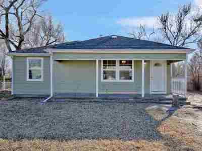 Wichita Single Family Home For Sale: 1627 E Georgia St