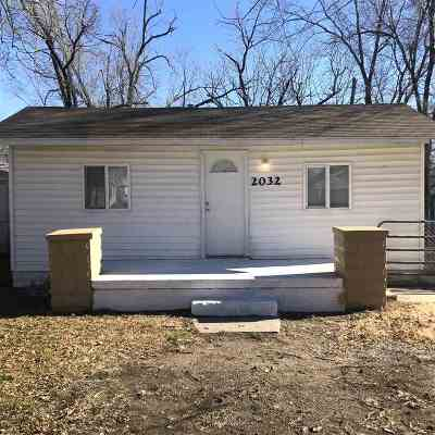 Wichita Single Family Home For Sale: 2032 S Mosley