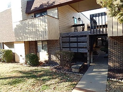 Winfield KS Condo/Townhouse For Sale: $73,500