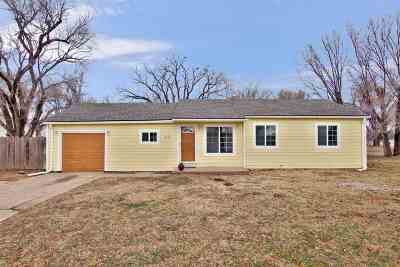 Wichita Single Family Home For Sale: 5130 W Maple St