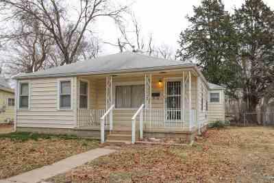 Wichita Single Family Home For Sale: 1732 S Santa Fe St
