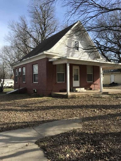 Winfield Single Family Home For Sale: 814 Walton