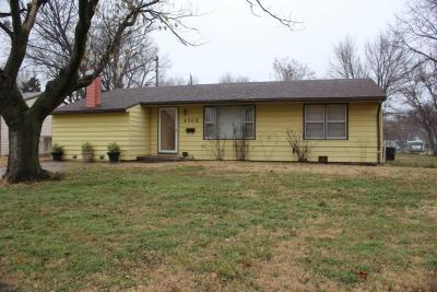 Sedgwick County Single Family Home For Sale: 1702 W Webster St