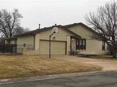 Wichita Single Family Home For Sale: 9152 E Funston Ct