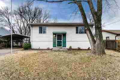 Wichita Single Family Home For Sale: 3319 S Elizabeth Ave