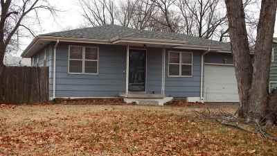 Mulvane Single Family Home For Sale: 611 N Edgewood
