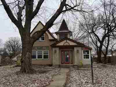 Winfield Single Family Home For Sale: 1316 Loomis St