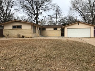 Wichita Single Family Home For Sale: 9808 W Hickory Ln
